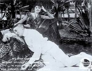Theda Bara, Hollywood's Most Famous 'Vamp' - Ripley's ...