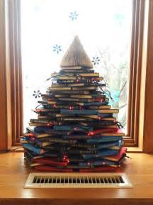 17 diy instructions and ideas to make a christmas tree with books guide patterns