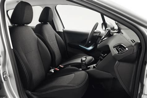 siege auto voiture 3 portes accessoires intérieurs de la peugeot 208 2008 féline 208