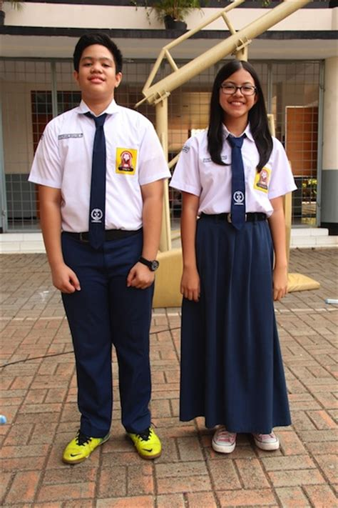 jual kain seragam sekolah  kantor toko ninbo