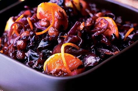red cabbage  apples  sultanas red cabbage recipe