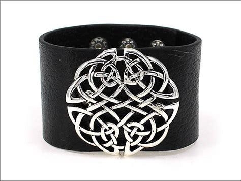 Irish Bracelet   Celtic Knot Wide Snap Leather Bracelet at