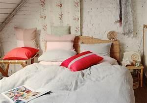 Decoration romantique le renouveau de la deco romantique for Tapis persan avec canapé tissu romantique