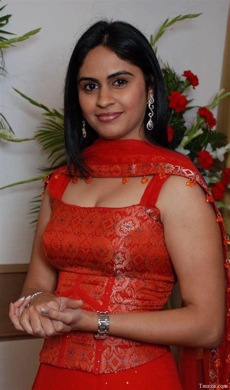 tamil pundai mallu hot  aunty photo celebrity