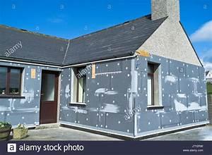 Haus Heizung Varianten : foam insulation house stockfotos foam insulation house ~ Lizthompson.info Haus und Dekorationen