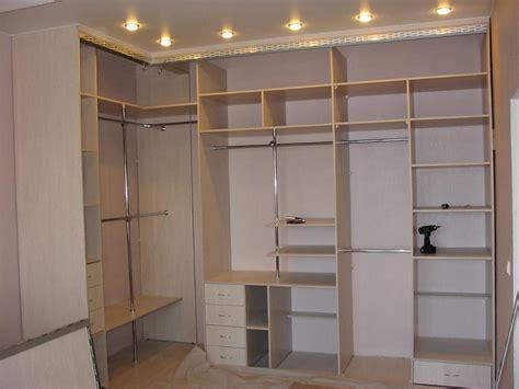 Гардеробные комнаты на заказ Томск Гардеробные системы