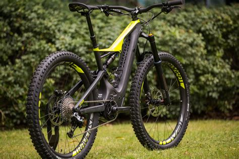 specialized e mtb specialized 2018 range highlights flow mountain bike