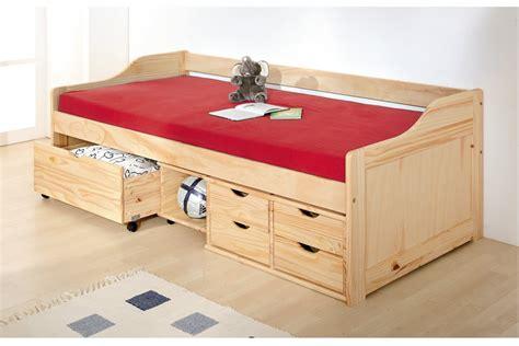 banquette de chambre lit banquette enfant en pin massif max 90x200 meubles de