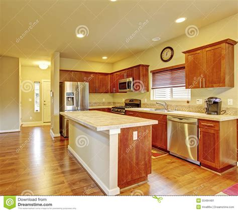 cuisine en dur cuisine avec des planchers en bois dur image stock image