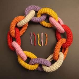 Collana catena all'uncinetto di lana multicolor : Collane