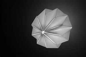 Abat Jour Origami : abat jour origami oeuvre d art en papier pour votre plaisir ~ Teatrodelosmanantiales.com Idées de Décoration