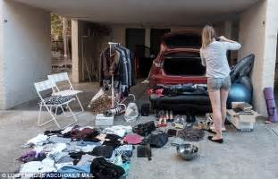 Frau In Garage by Melbourne Has Garage Sale To Sell Ex S Things