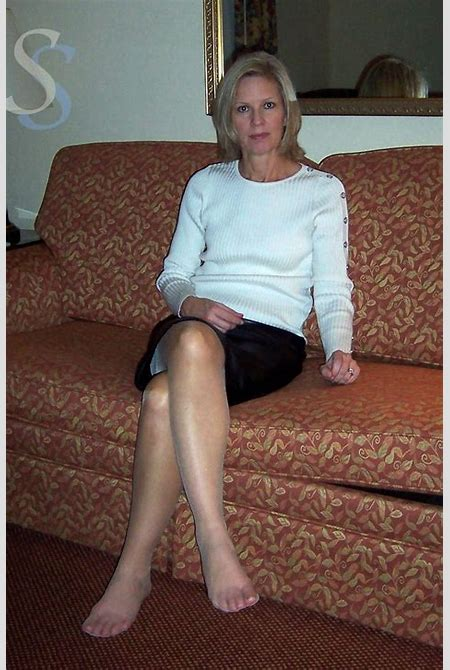 68 best Tan Pantyhose and Nylon Feet images on Pinterest | Tan pantyhose, Candid and Girls