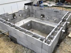 Fabriquer Un Jacuzzi : construire son jacuzzi en beton up position ~ Melissatoandfro.com Idées de Décoration