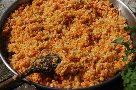 cuisiner la semoule semoule de chou fleur et riz de carotte au cumin les
