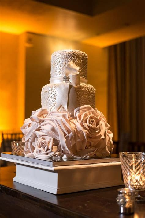 cm contemporary master cake designers wedding cake