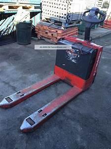 Raymond Electric Pallet Jack 24v 102t