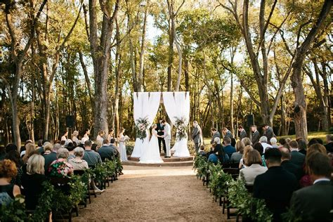 hidden waters wedding   venue waxahachie tx
