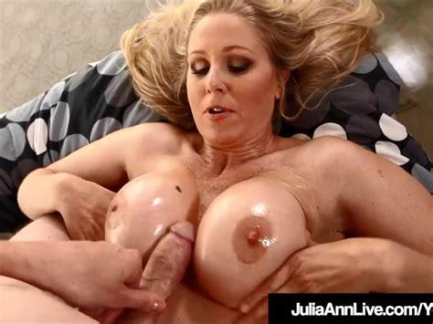 Super Sex Milf Julia Ann Gets Titty Banged By A Hard Cock