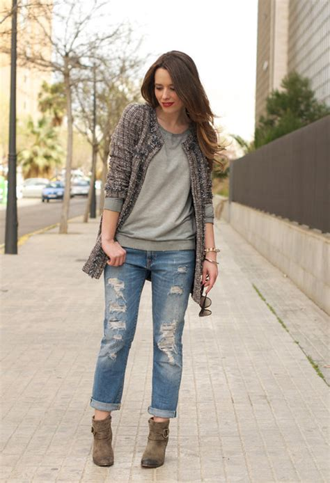 Great ways to wear your ripped jeans in winter u2013 LifeStuffs