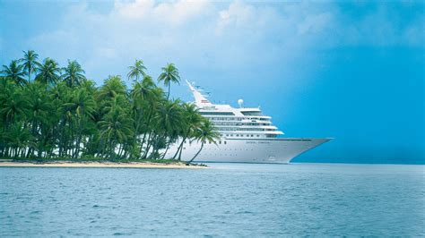 Boat Vs Ship Vs Yacht by Galapagos Cruises Vs Caribbean Cruises What S The Difference