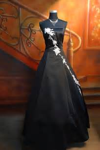 black wedding dresses floral wedding dresses black strapless handmade steunk wedding