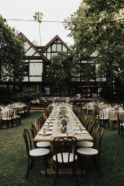 Wedding Reception In Backyard by The Ultimate Guide To Planning A Backyard Wedding