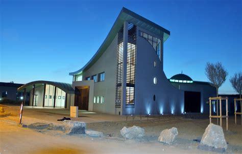 bureau culturel 钁e centre culturel et cultuel bussy georges bym architecte
