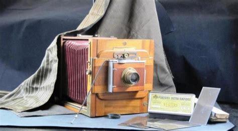 appareil photo chambre souriez c est dans la boîte un document à l 39 honneur