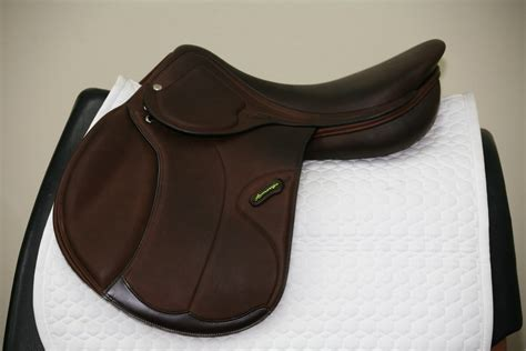 amerigo saddle jump close contact saddles jumping cc
