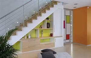 amenager l39espace vide sous l39escalier 30 idees tres With idee deco sous escalier