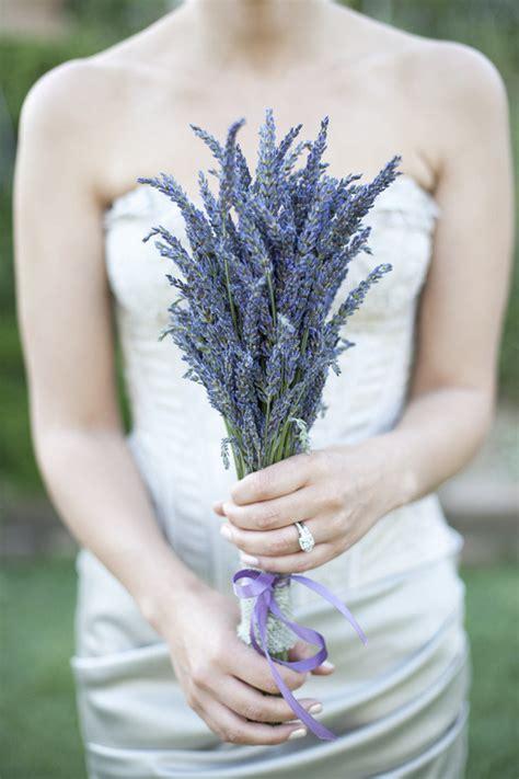 Top 20 Unique Wedding Bouquets With Single Flower Ideas