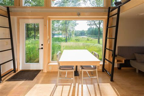 Big 8 Home Interior : Looking For A Luxury Tiny House? Tiny House Websites