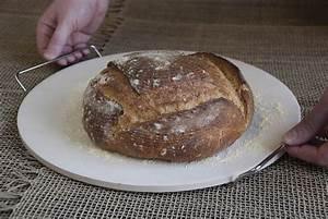 Pierre à Pizza Pour Four : pierre pizza pain ronde en c ramique avec support pour ~ Dailycaller-alerts.com Idées de Décoration