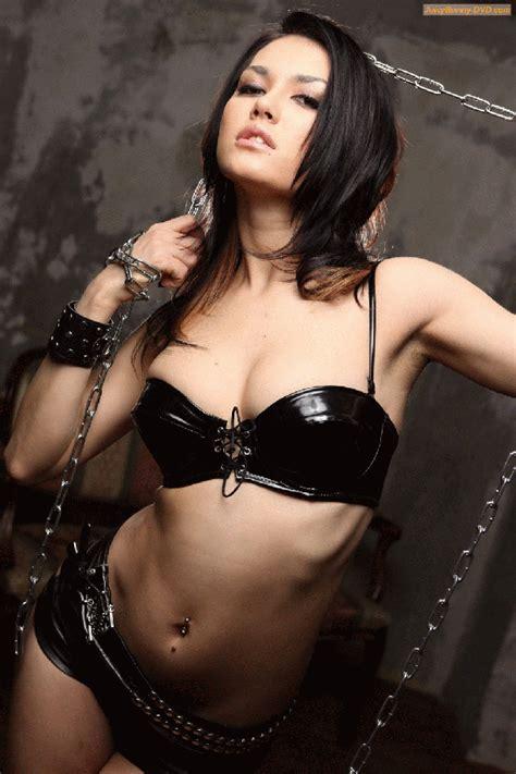 maria ozawa fan blog black leather bikini