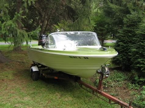 Aluminum Runabout Boats For Sale by 191 Best Vintage Runabouts Images On Pinterest Boats