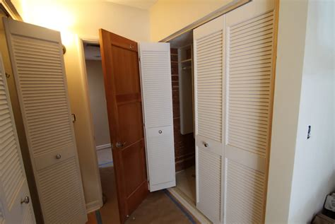 Louvered Sliding Closet Doors Lowes  Home Design Ideas