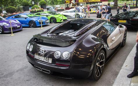 Think of the bugatti veyron grand sport vitesse as a car that has no peer. Bugatti Veyron 16.4 Grand Sport Vitesse - 10 January 2018 - Autogespot