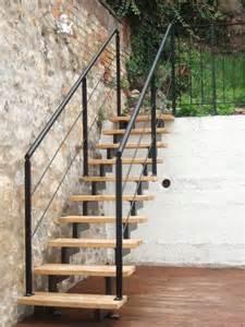 treppen gelã nder chestha design garten treppe