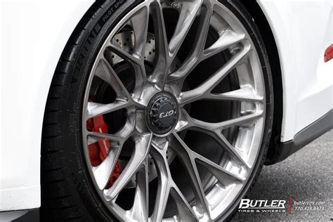 porsche  gt   hre p wheels exclusively
