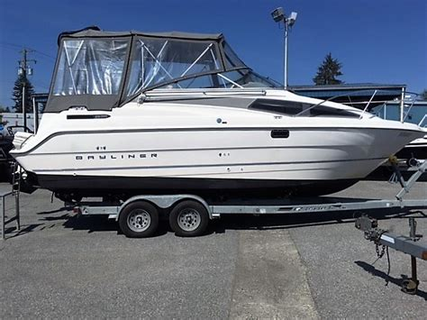 Motor Boats For Sale Vancouver Bc by 1994 Bayliner 265 Cabrio Boat For Sale 27 Foot 1994