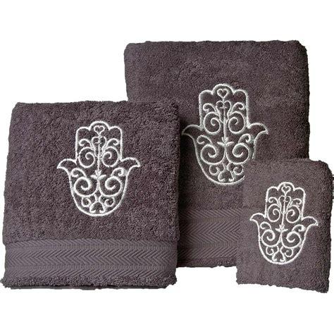 grossiste serviette de toilette serviette personnalis 233 e de fatma brod 233 pr 233 nom broderie discount brodeway