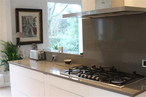 cuisine beige et gris déco cuisine grise et beige exemples d 39 aménagements