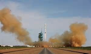 China Sending Man To The Moon? Spacecraft Developed For ...