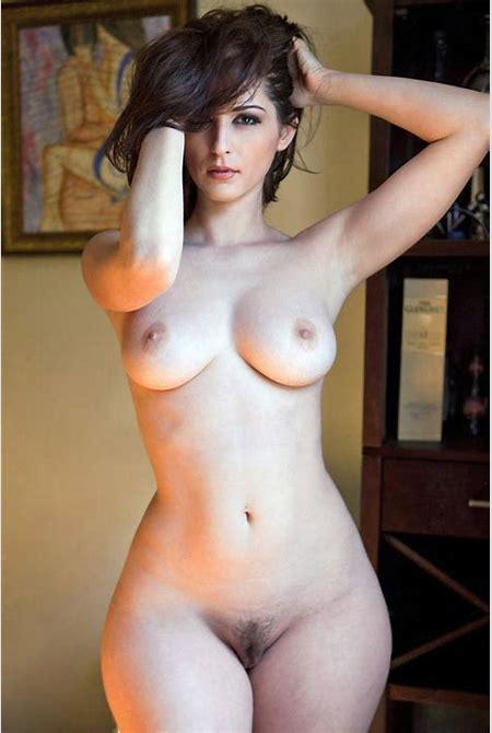 Pear Shaped Curvy Women Nude - Hot Girls Wallpaper
