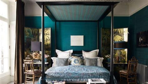idée peinture chambre bébé fille 1001 idées pour une chambre bleu canard pétrole et paon