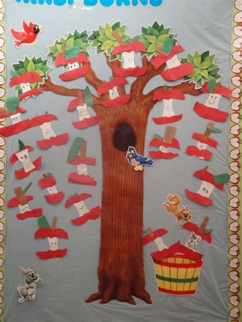 fall boards preschool 88 best images about preschool door wall ideas on 884