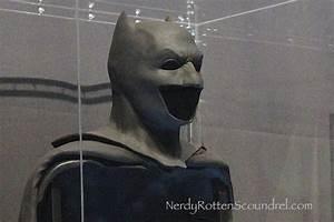 Ben Affleck's BATMAN cowl from BATMAN v SUPERMAN: DAWN OF ...