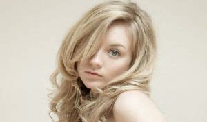 Emily Kinney Bio,Measurements,Height,Age,Net Worth,Facts ...