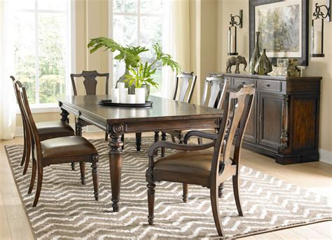Havertys Furniture Dining Room Table by Havertys Furniture